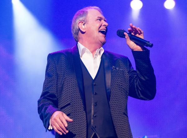 john farnham press pic 2 orig